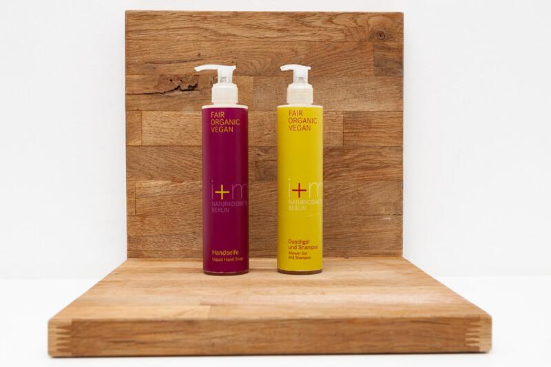 Bio-Seife, Bio-Shampoo & Duschgel / organic shower gel & shampoo