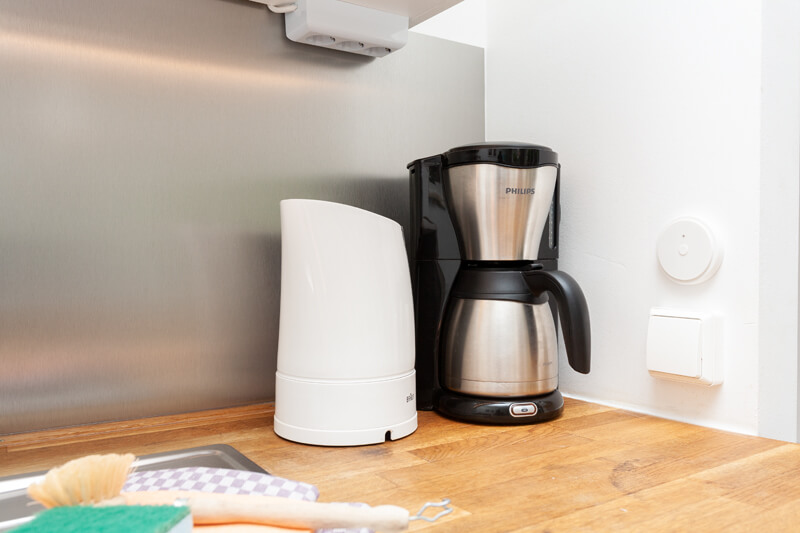 Wasserkocher und Kaffeemaschine / water heater and coffee