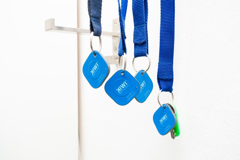 Sie erhalten vier Schlüsselpaare. Die Wohnung ist mit einem elektronischen Schloss ausgestattet. / You will get four keys. The apartment has an electric lock door system.