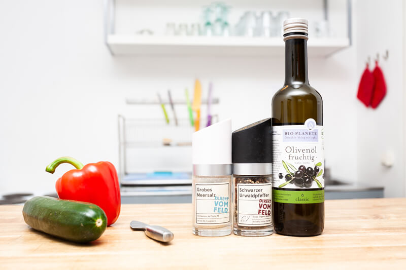 Olivenoel und Gewürze dürft sehr gerne verbrauchen
